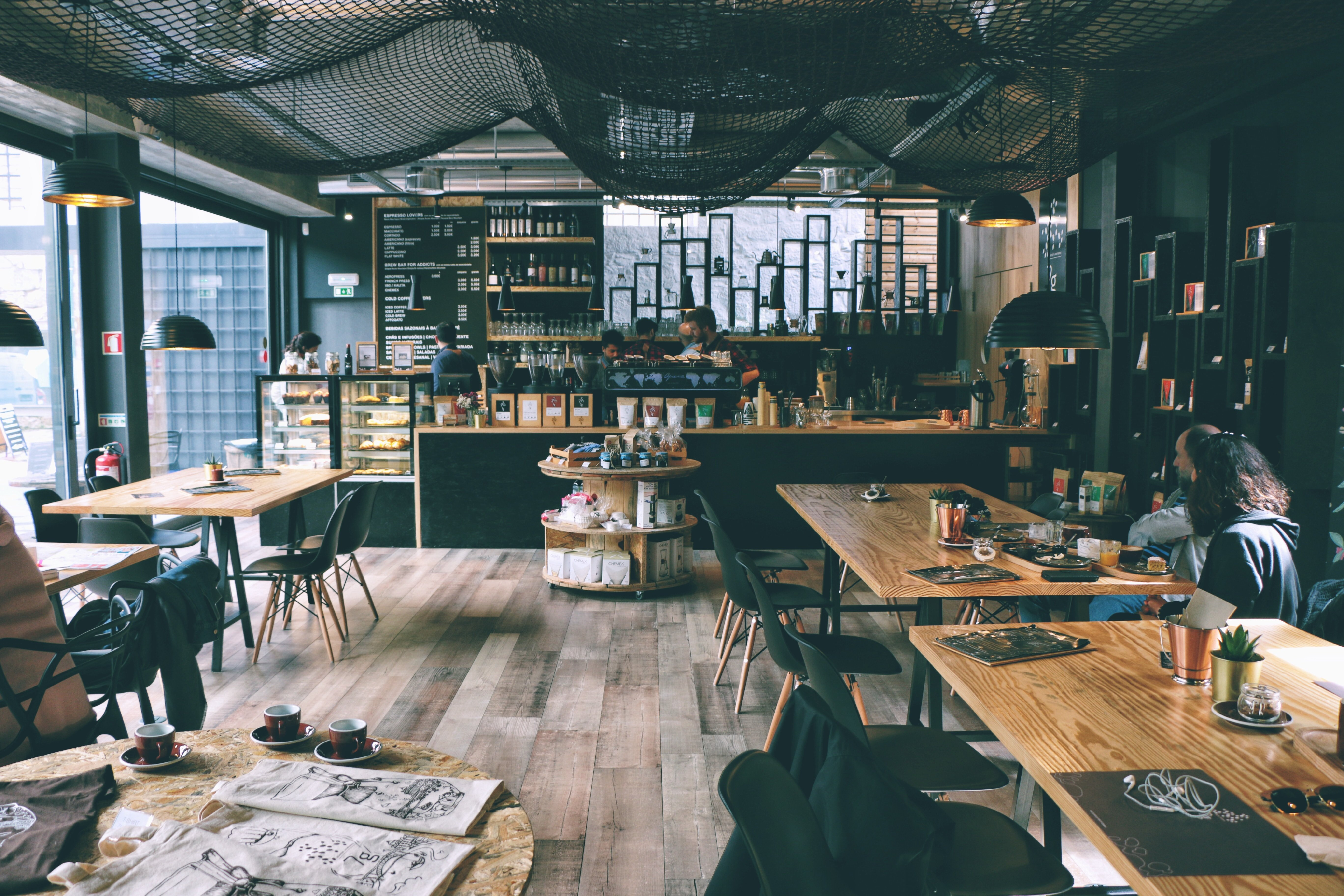 A nice restaurant. | Source: Unsplash