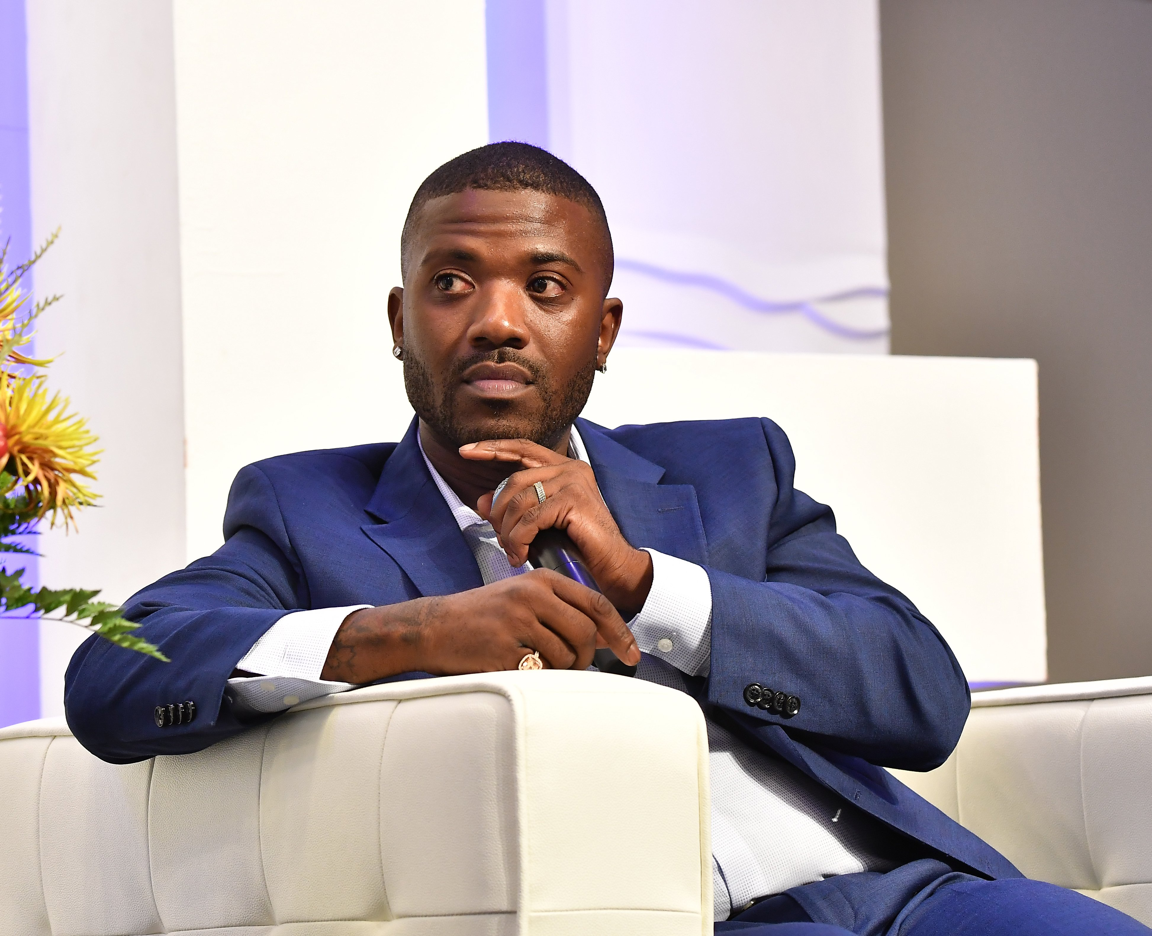 Singer/television personality Ray J speaks onstage during RollingOut 2018 Ride Conference at Loudermilk Conference Center on September 28, 2018 | Photo: Getty Images