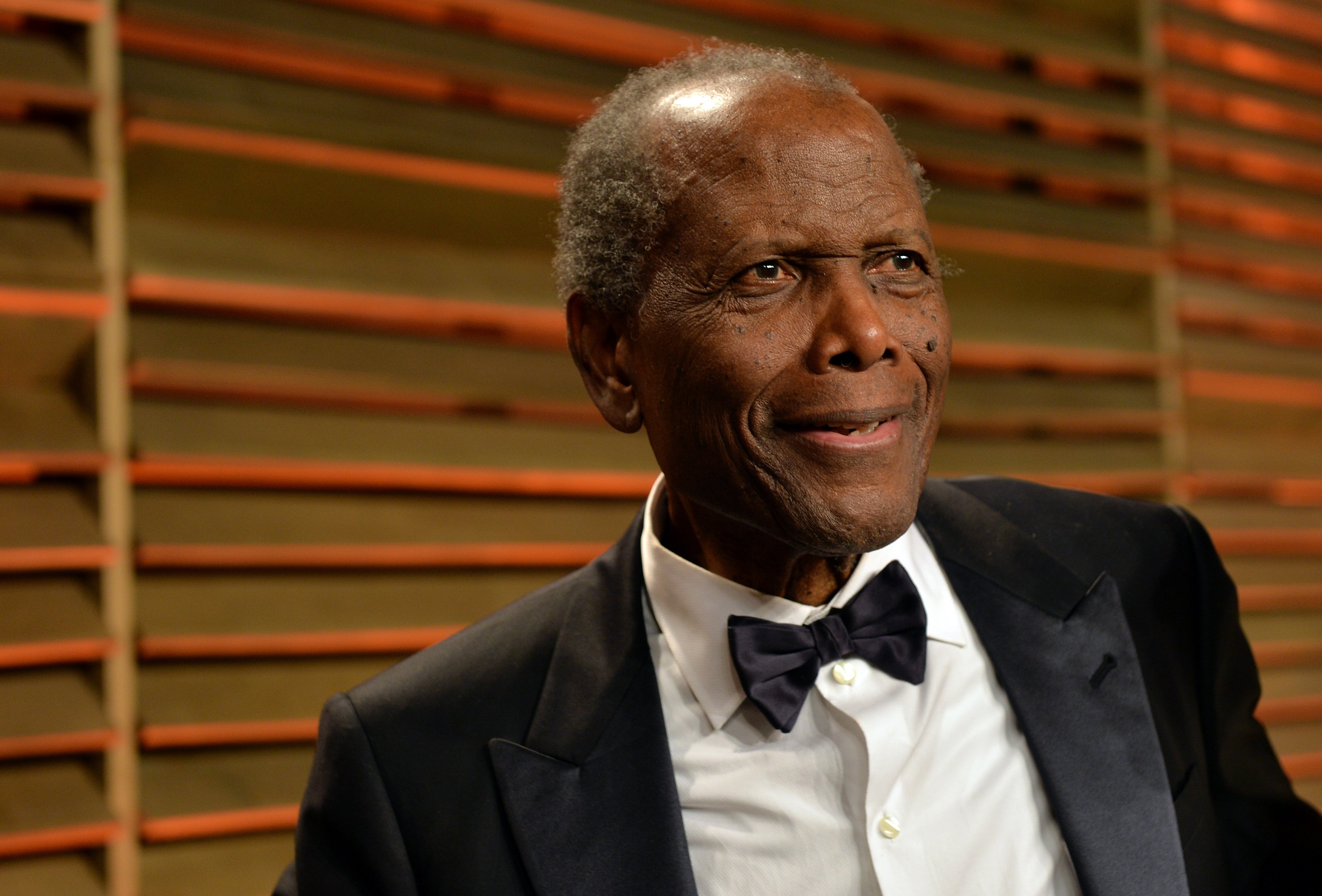 Sidney Poitier attends the 2014 Vanity Fair Oscar Party on March 2, 2014. | Photo: GettyImages