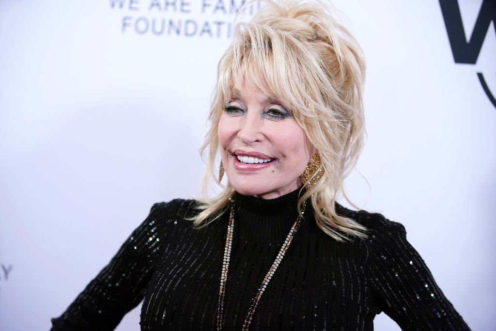 Dolly Parton attends We Are Family Foundation honors Dolly Parton & Jean Paul Gaultier at Hammerstein Ballroom. | Photo: Getty Images