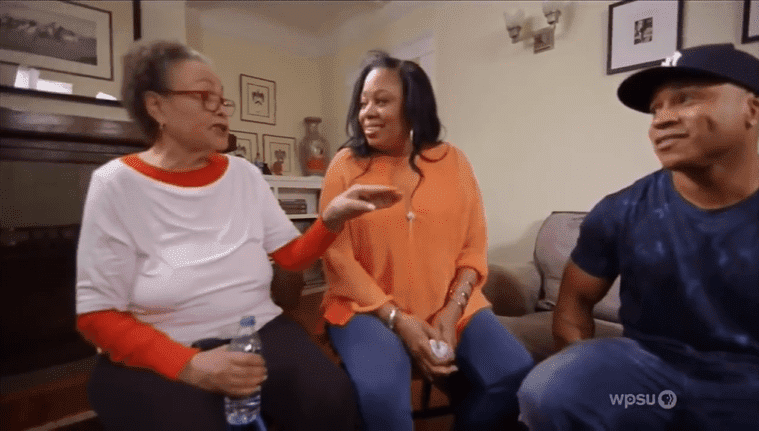 Ll Cool J, his mother Ondrea, and her half-sister Claudia. |  Source: YouTube/Jorge Tindle
