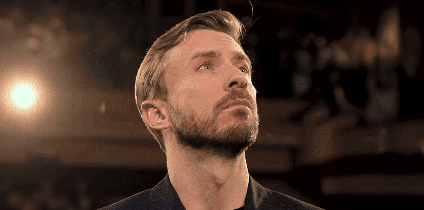 YouTube/Peter Hollens