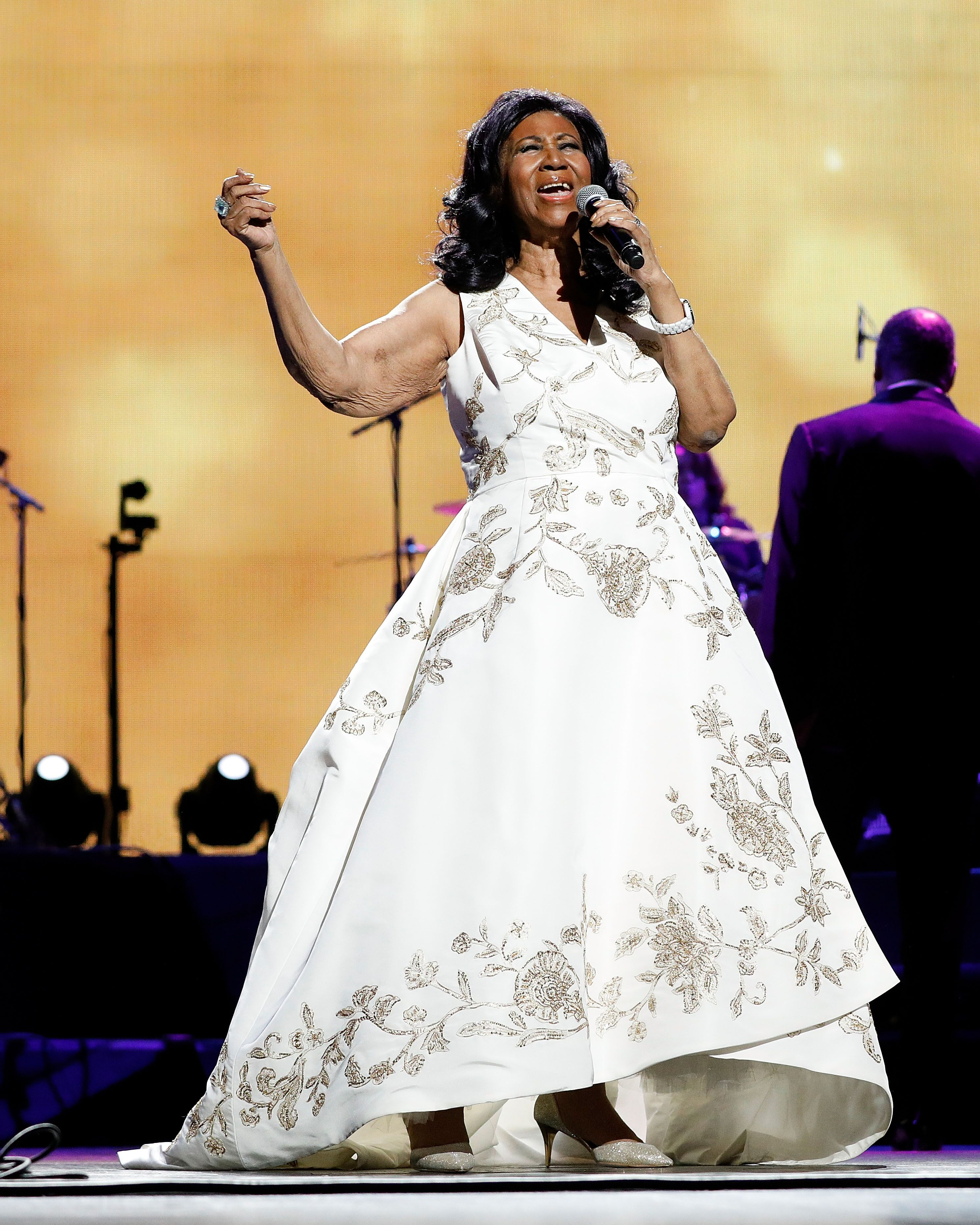 The Queen of Soul, Aretha Franklin, performing on-stage | Source: Getty Images/GlobalImagesUkraine