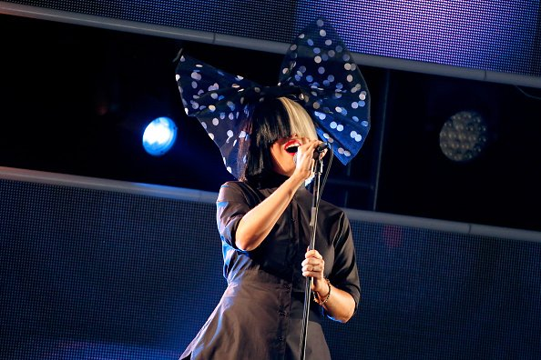 Singer Sia performs onstage at Samsung Galaxy Life Fest at SXSW 2016 on March 13, 2016 in Austin, Texas. | Photo : Getty Images