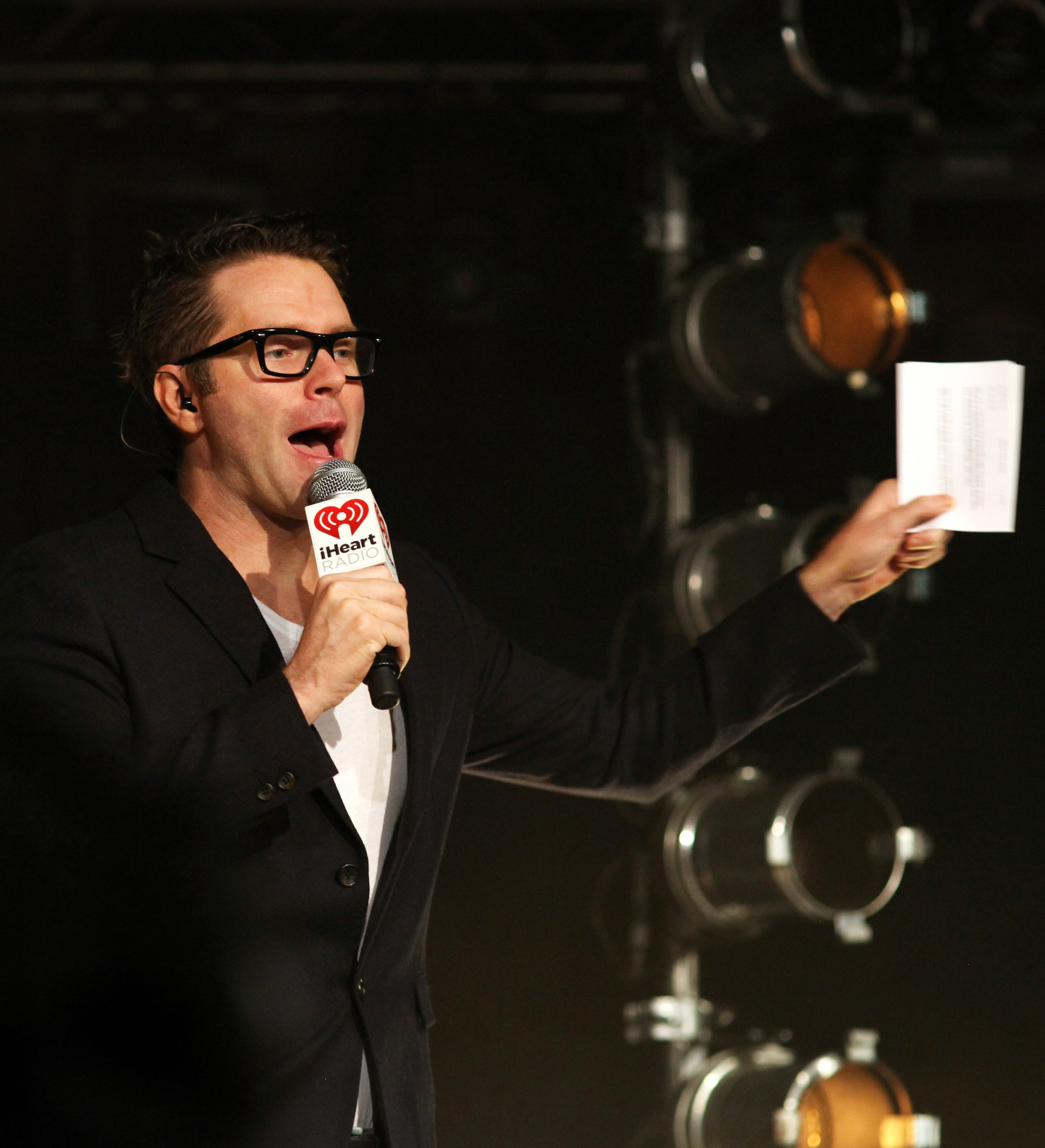 Bobby Bones at the iHeartRadio Theater on August 28, 2014 in New York City, for Brad Paisley's album release party . | Photo: Lisa Gansky ,CC BY-SA 2.0 / WikiMedia