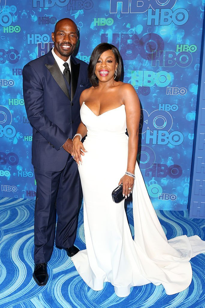 Niecy Nash (R) and Jay Tucker at HBO's Official 2016 Emmy After Party at The Plaza at the Pacific Design Center | Photo: Getty Images