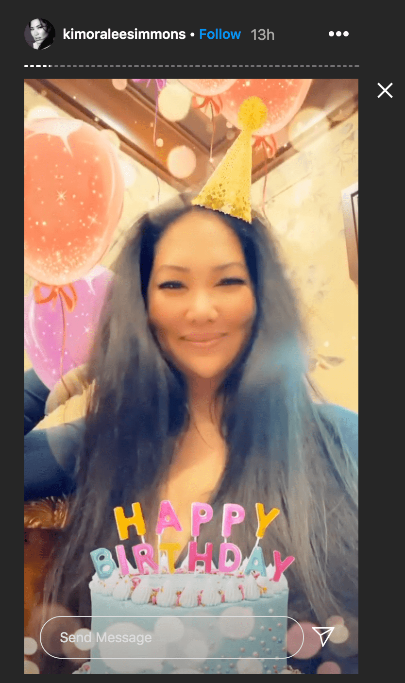 Kimora Lee Simmons used an Instagram filter to celebrate her birthday with a selfie | Source: Instagram.com/kimoraleesimmons