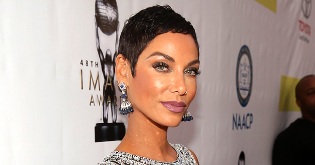 Nicole Murphy Returns to Instagram & Shares Pic of Mom after Photos of Her Kissing Antoine Fuqua