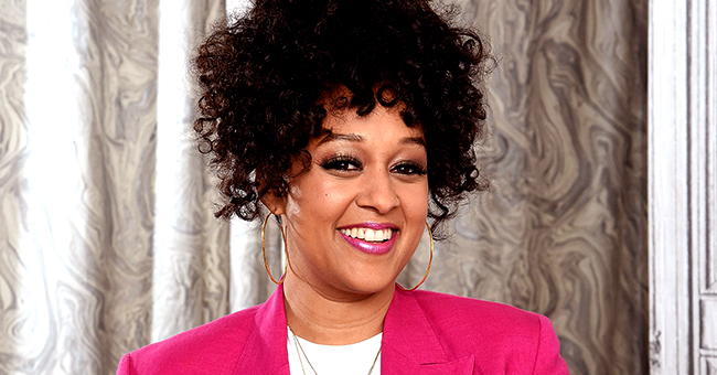 Tia Mowry of 'Reunion' Looks Slimmer in Tight Jeans & Tweed Jacket after Losing Post-Baby Weight