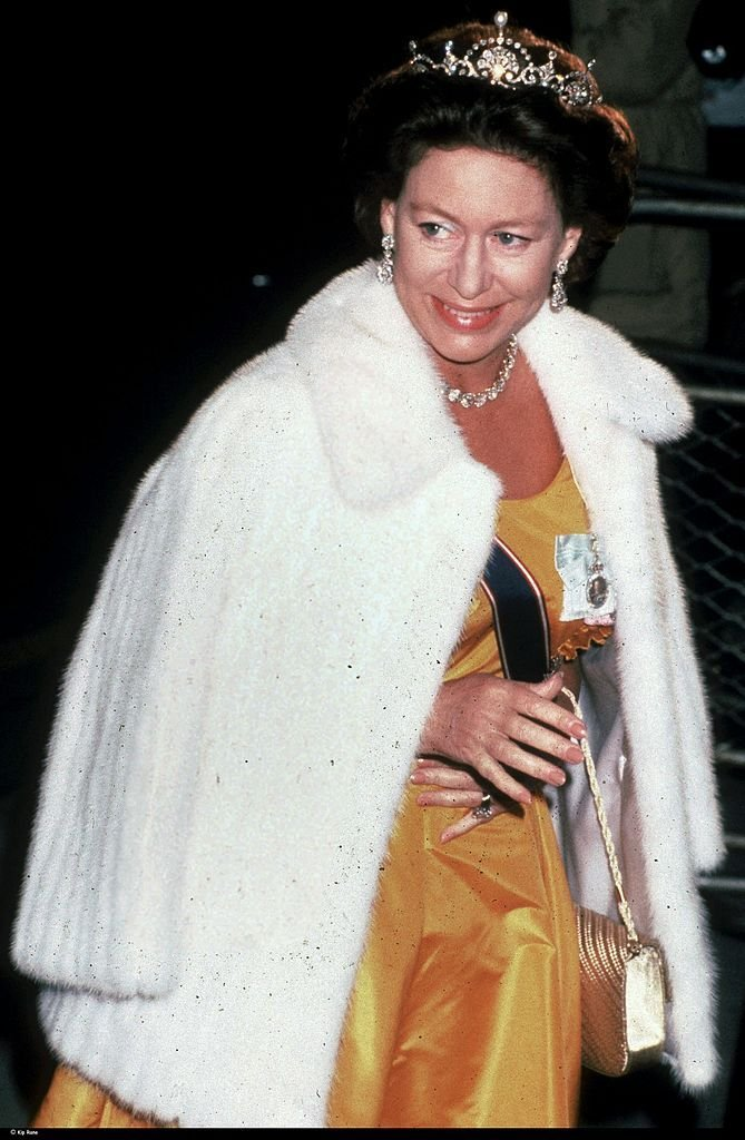 Princess Margaret smiles for the cameras in London, UK, circa 1990. | Source: Getty Images