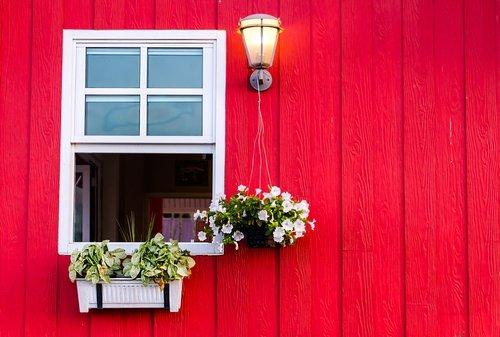 An open house window. | Source: Shutterstock.