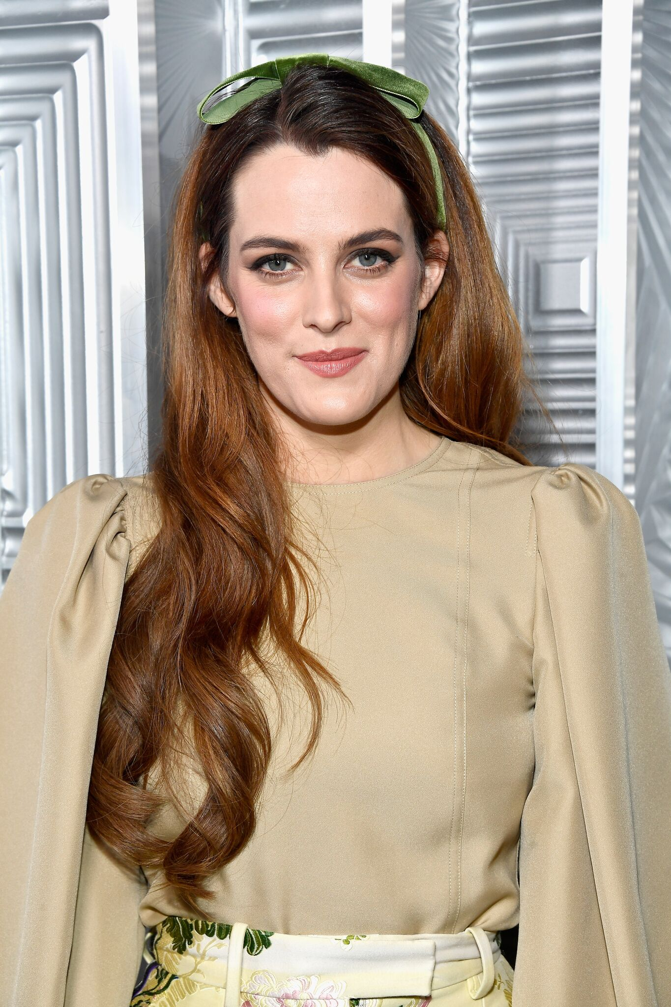 Riley Keough attends ELLE's 24th Annual Women in Hollywood Celebration presented by L'Oreal Paris, Real Is Rare, Real Is A Diamond and CALVIN KLEIN at Four Seasons Hotel Los Angeles | Getty Images / Global Images Ukraine