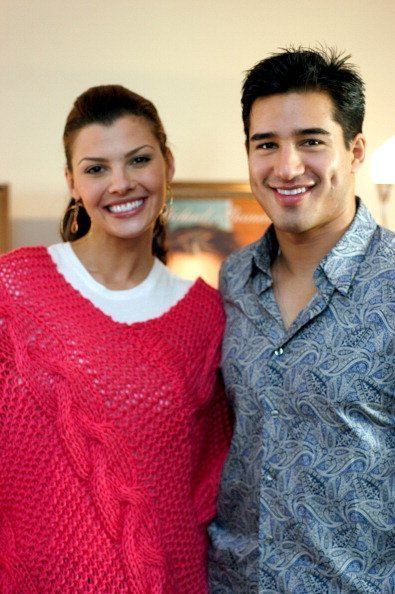 Ali Landry and Mario Lopez on February 28, 2004 at LUX Hotel in Beverly Hills, CA, United States. | Photo: Getty Images