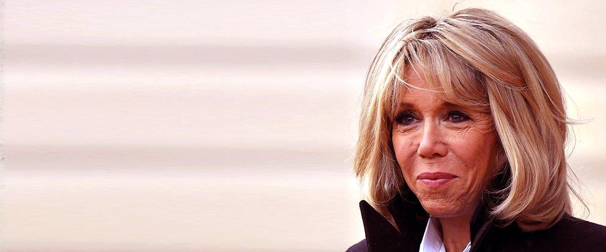 Brigitte Macron avec le sourire au lèvre | Photo | Getty Images