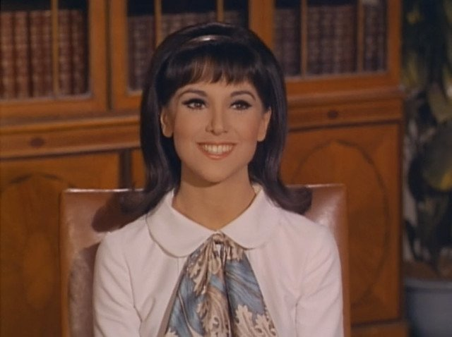 "Marlo Thomas, That Girl, ""Christmas and the Hard-Luck Kid,"" 1966. 