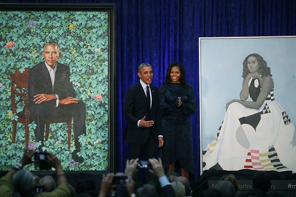 Barack And Michelle Obama Attend Portrait Unveiling At Nat'l Portrait Gallery | Photo: Getty Images