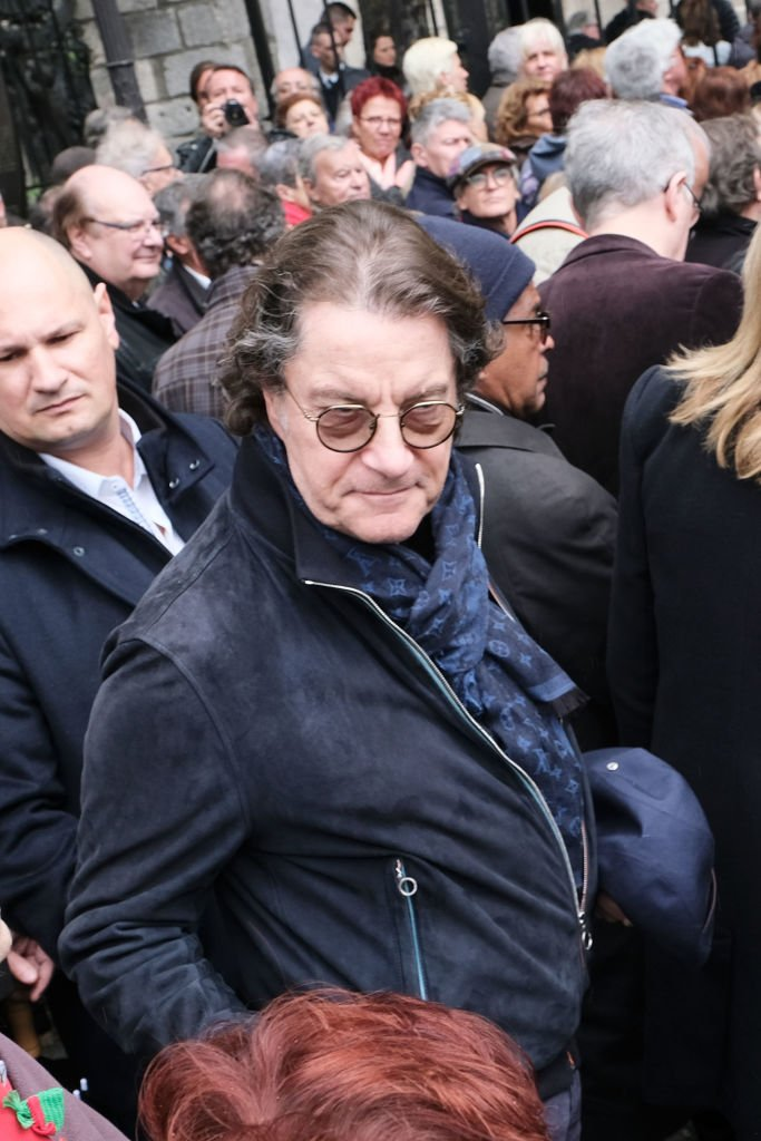 "Francis Cabrel assiste à ""Dick Rivers Funeral"" à Saint Pierre de Montmartre le 02 mai 2019 à Paris, France. 