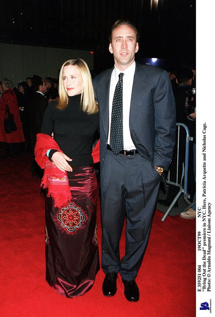 Nicolas Cage and wife Patricia Arquette at the premiere of their movie 'Bring Out the Dead,' New York, October 19, 1999. | Getty Images
