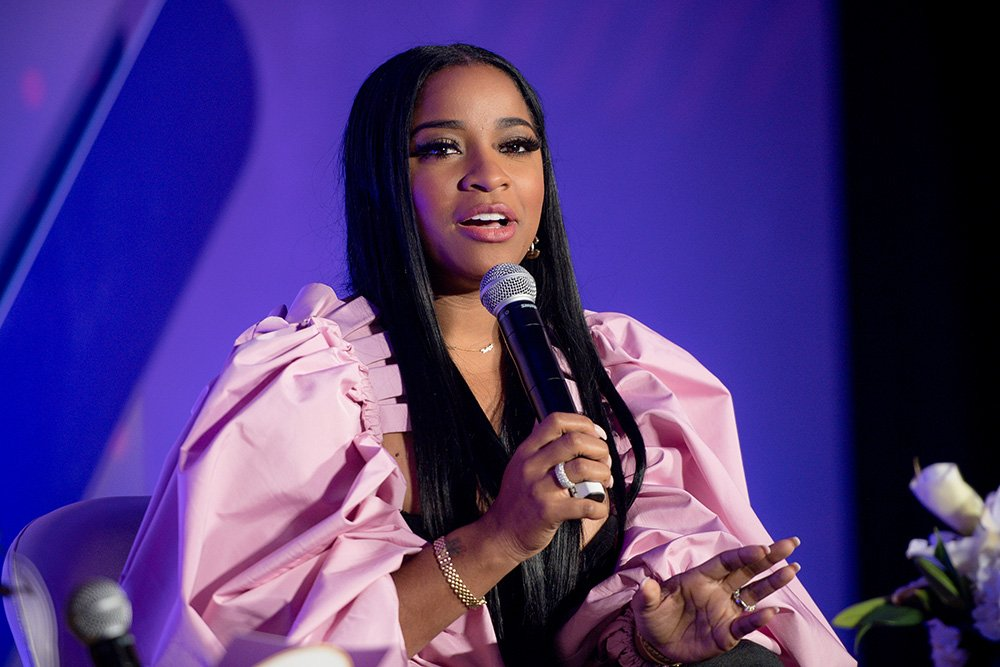Toya Wright speaking onstage during the 2019 Essence & Target Holiday Market at West End Production Park in Atlanta, Georgia in December 2019. I Image: Getty Images.