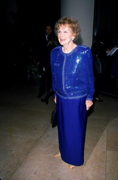 American actress Gloria Stuart attends the Laurel Awards, Los Angeles, California, March 3, 1998 | Photo: Getty Images