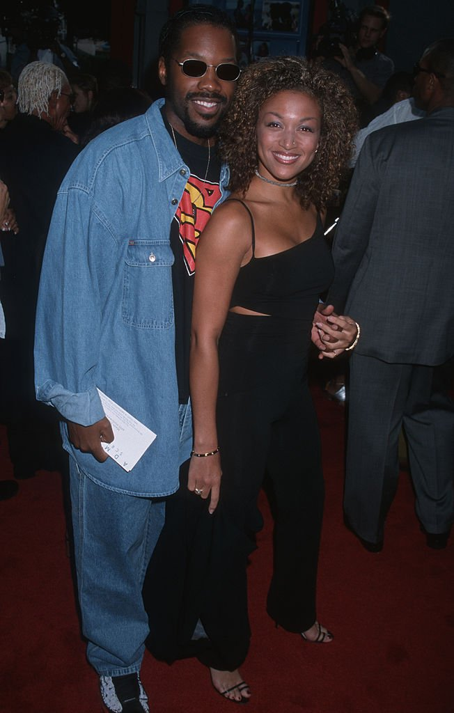 "Kadeem Hardison and Chante Moore arrive on the red carpet at the premiere of ""How Stella Got Her Groove Back"" on August 3, 1998, in Hollywood, California 