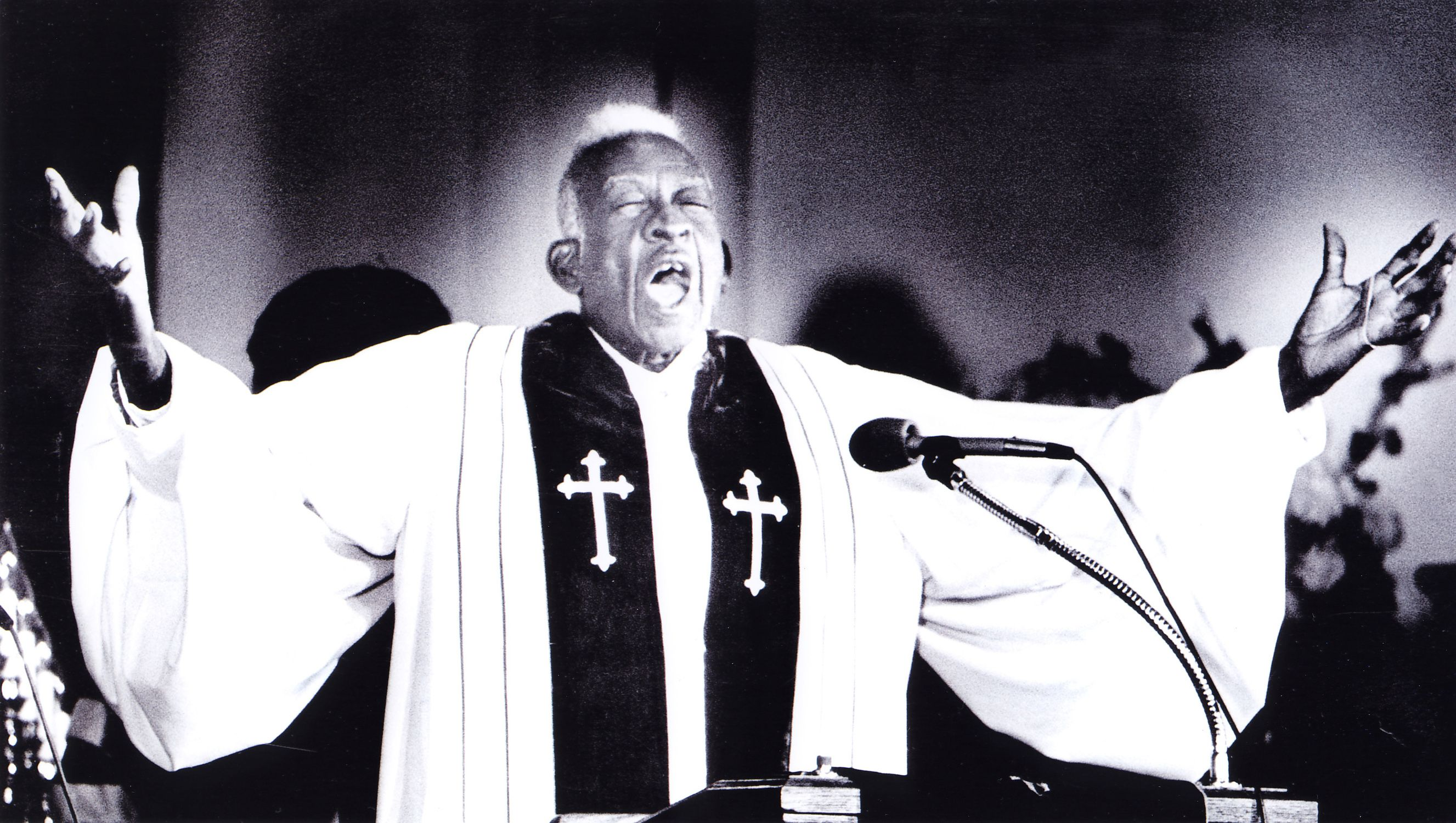 """Gospel singer Thomas Dorsey performing """"This Far by Faith"""" at Bible Way 