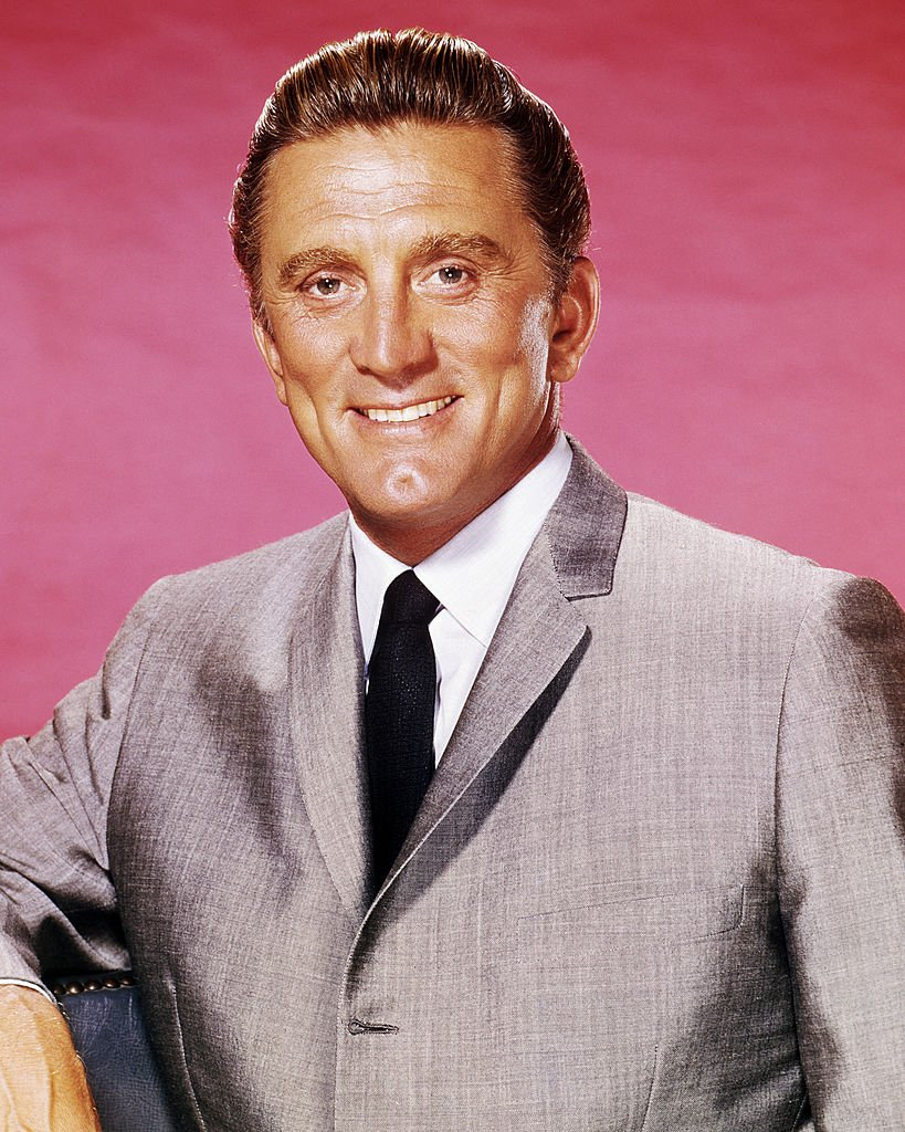 Portrait of Kirk Douglas in 1963 | Photo: Getty Images