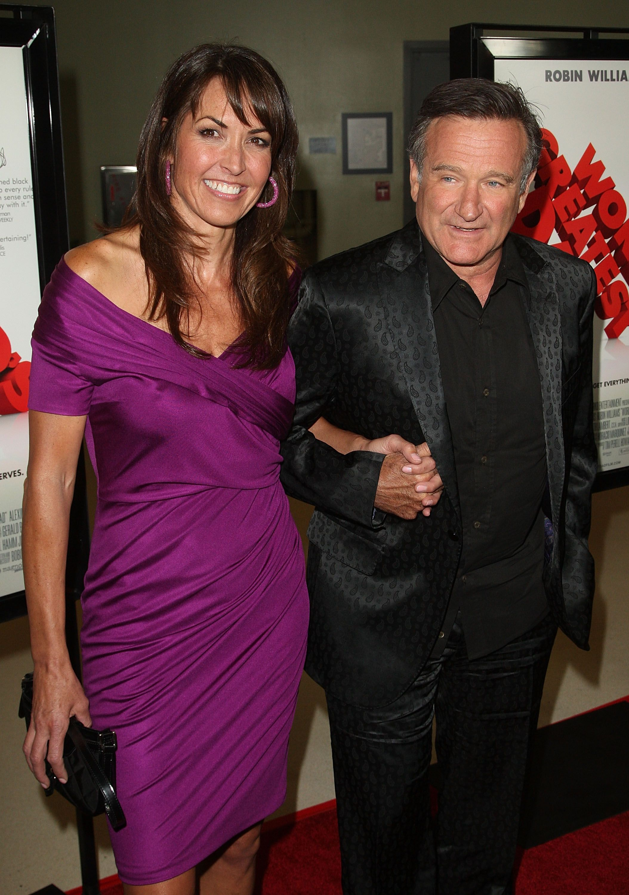 Robin Williams and Susan Schneider pose at the premiere of Magnolia Pictures' 'World's Greatest Dad' at The Landmark Theater on August 13, 2009 | Photo: Getty Images