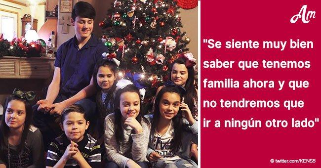 Pareja adopta siete hermanos para darles un hogar para siempre antes de Navidad