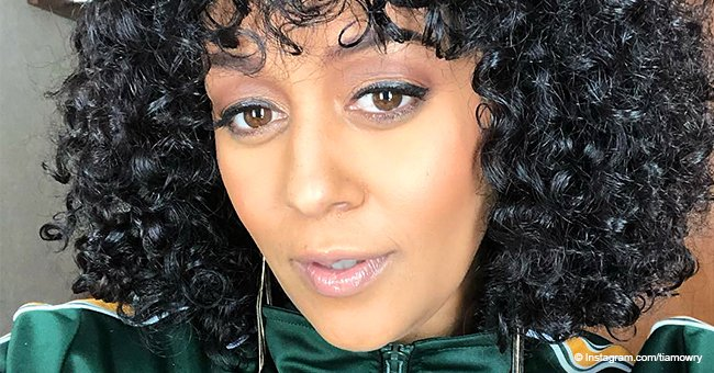 Tia Mowry flaunts her curly natural hair for the first time on TV since 'Sister, Sister'