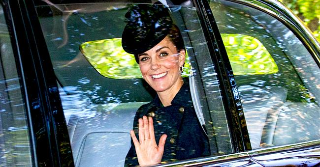 Kate Middleton affiche un sourire charmant en rejoignant la Reine pour les services religieux