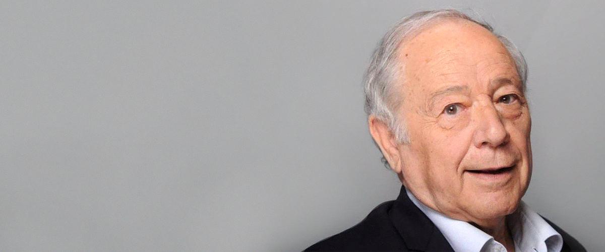 Jean-Pierre Foucault, Denis Brogniart : Les stars rendent un émouvant hommage à Eugène Saccomano