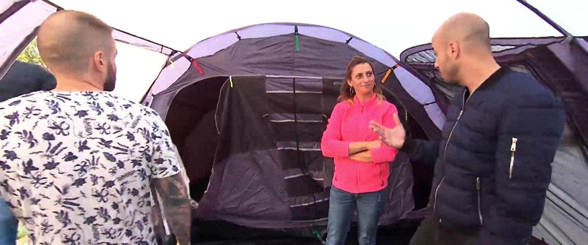 """Sandrine accueille ses prétendants dans une tente : le producteur de """"L'amour est dans le pré"""" explique"""