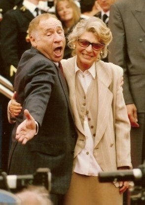 Mel Brooks and Anne Bancroft at the Cannes film festival. | Source: Wikimedia Commons