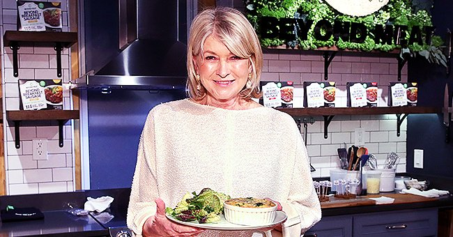 Us Weekly: Martha Stewart Quips She's Never Had a Faux Pas When Preparing Dinner for Guests