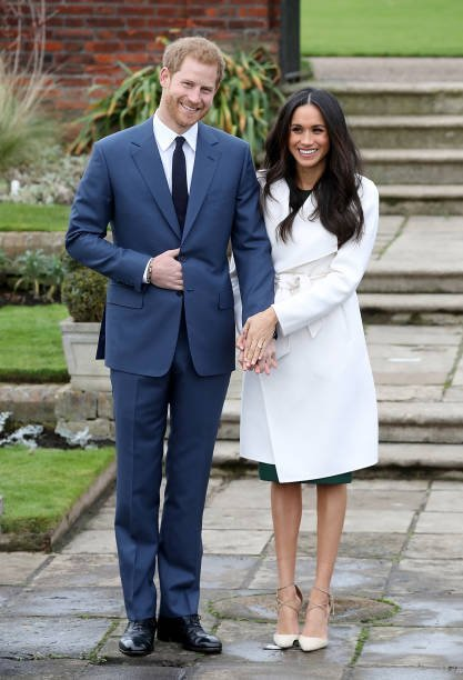 Prince Harry and Meghan Markle at The Sunken Gardens in London, England.| Photo: Getty Images.