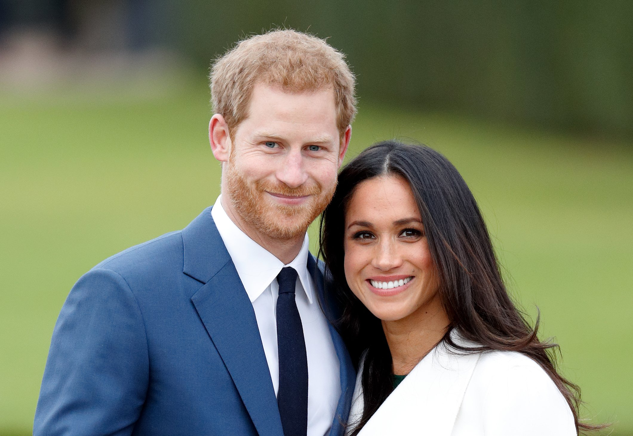 Prince Harry and Meghan Markle attend an official photocall to announce their engagement at The Sunken Gardens, Kensington Palace on November 27, 2017 in London, England | Photo: Getty Images