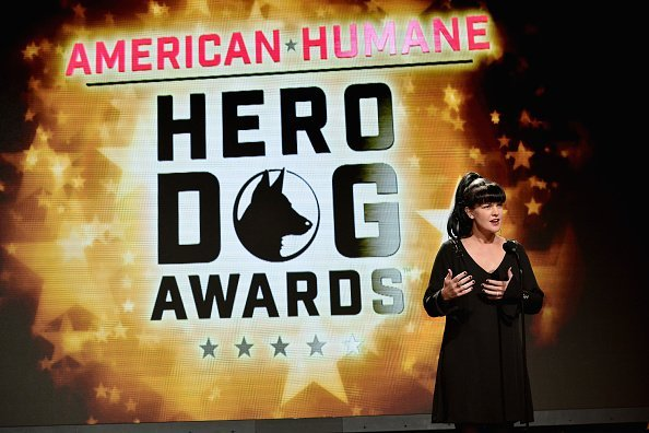 Pauley Perrette speaks at the Sixth Annual American Humane Association Hero Dog Awards at The Beverly Hilton Hotel on September 10, 2016, in Beverly Hills, California. | Source: Getty Images.