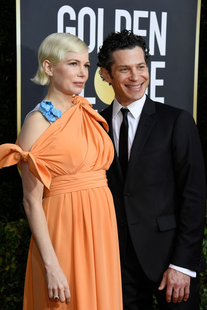 Michelle Williams and Phil Elverum arrive to the 77th Annual Golden Globe Awards held at the Beverly Hilton Hotel on January 5, 2020.   Photo: Getty Images