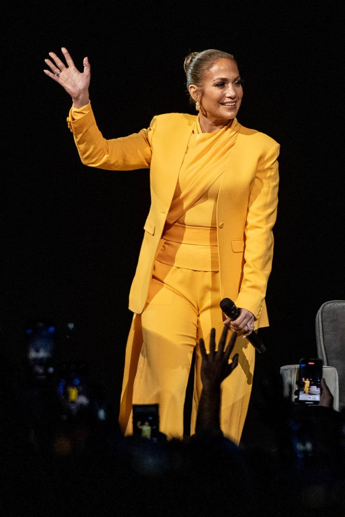Jennifer Lopez speaks onstage during 'Oprah's 2020 Vision: Your Life in Focus Tour' presented by WW (Weight Watchers Reimagined) at The Forum on February 29, 2020   Photo: Getty Images