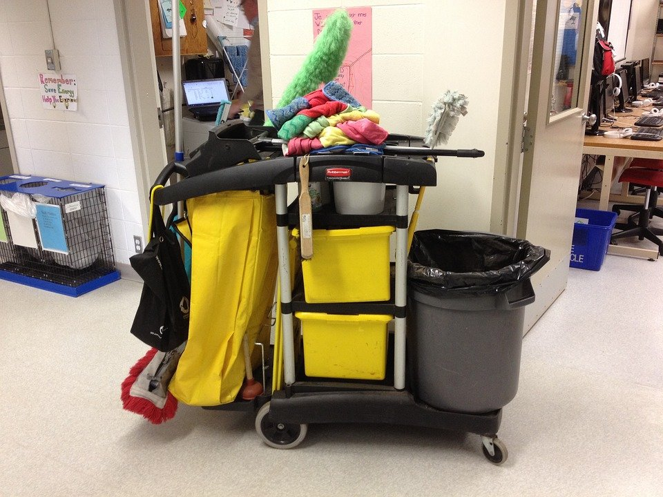 A janitor's cart | Source: Pixabay
