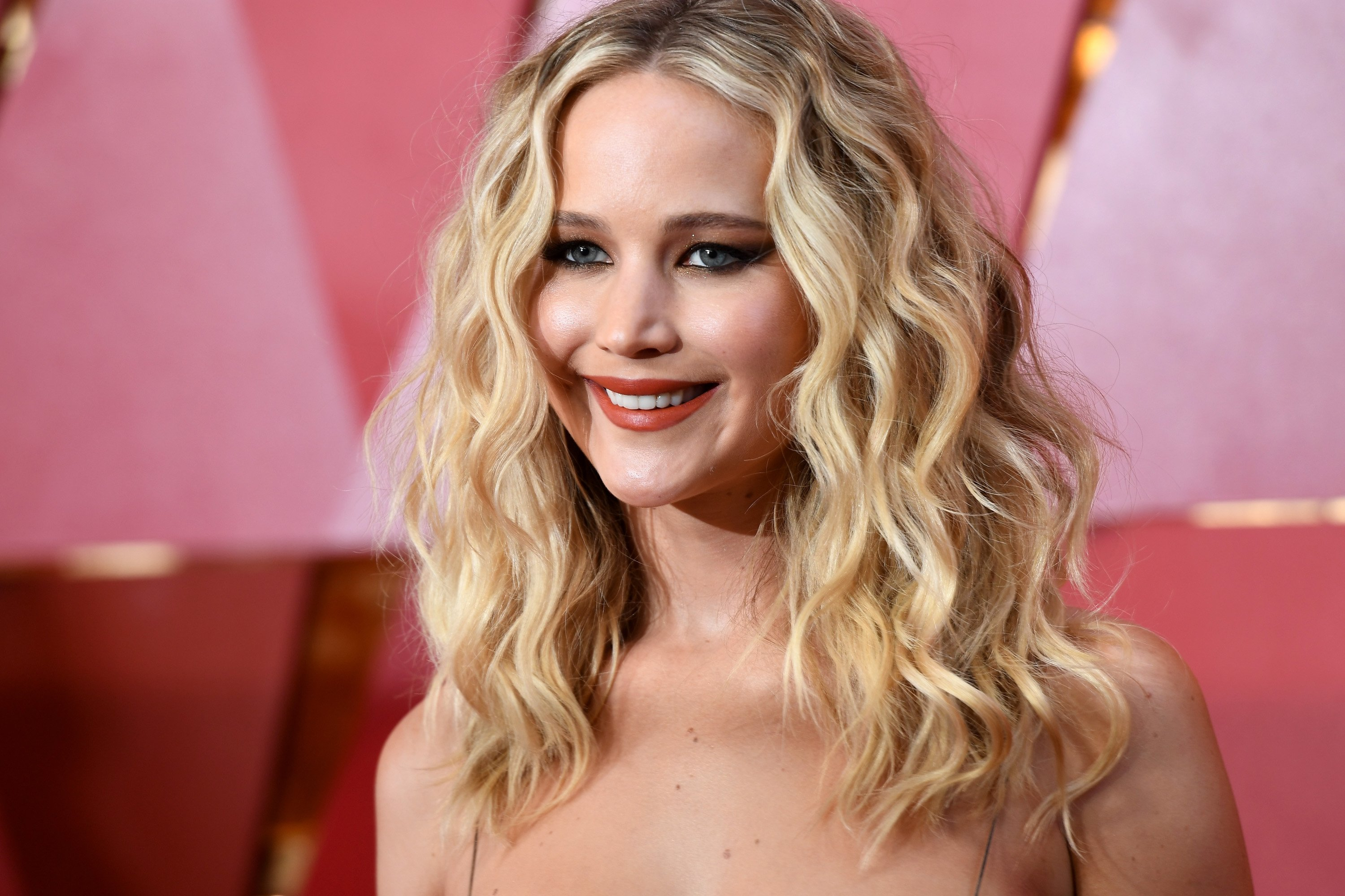 Jennifer Lawrence attends the 90th Annual Academy Awards in Hollywood, California on March 4, 2018 | Photo: Getty Images