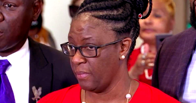 Botham Jean's Mother Allison Gives Emotional Victim Impact Statement after Son Is Killed by Ex-Cop Amber Guyger