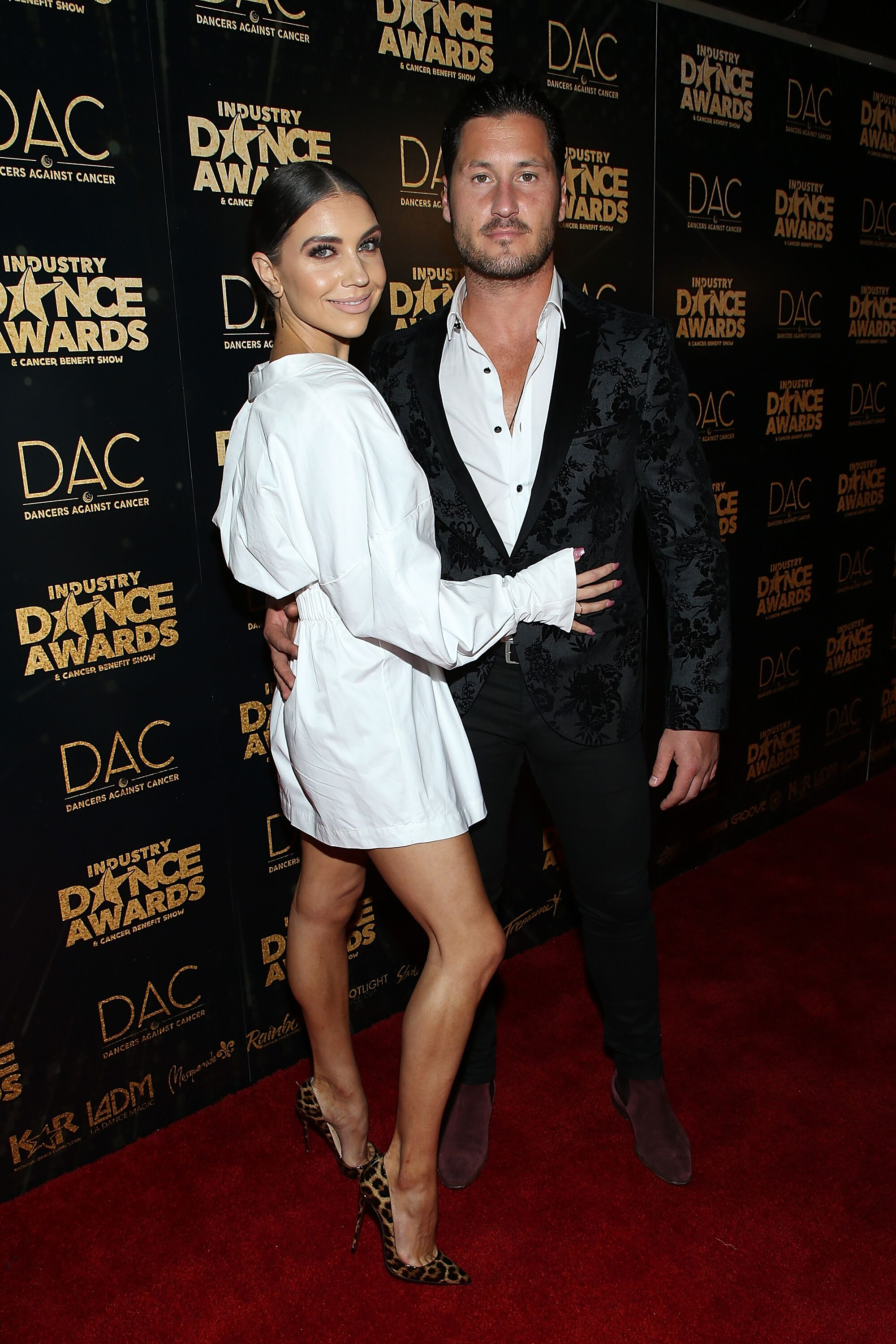 Jenna Johnson (L) and Valentin Chmerkovskiy attend the 2018 Industry Dance Awards at Avalon Hollywood  | Getty Images / Global Images Ukraine