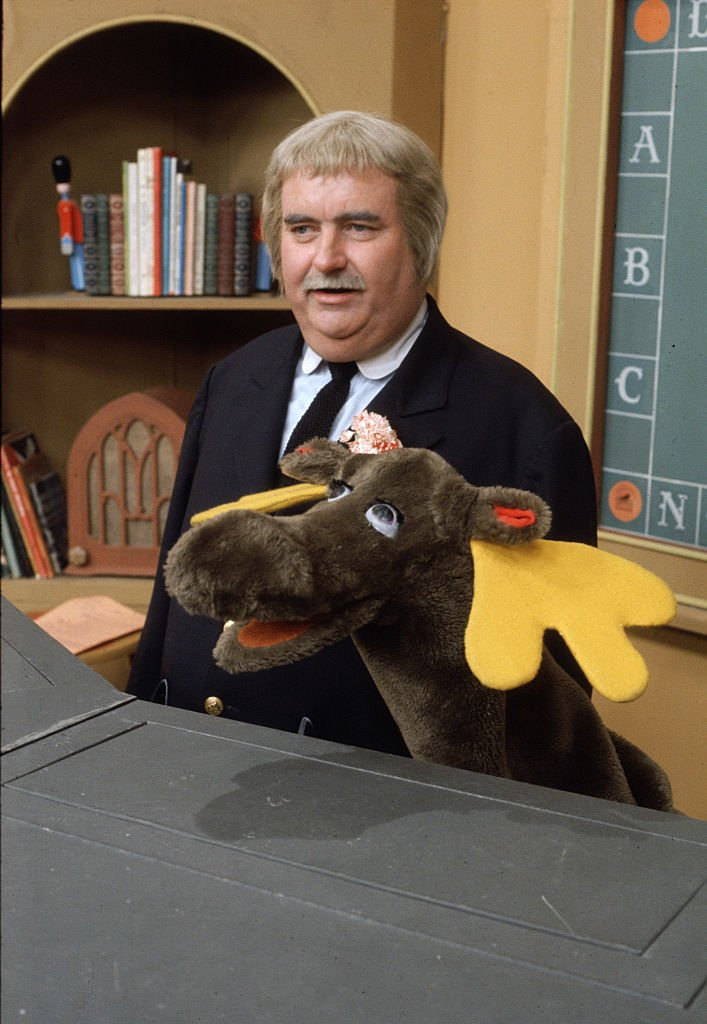 Photo of Bob Keeshan as Captain Kangaroo with Mister Moose. Image dated 1969. | Photo: Getty Images