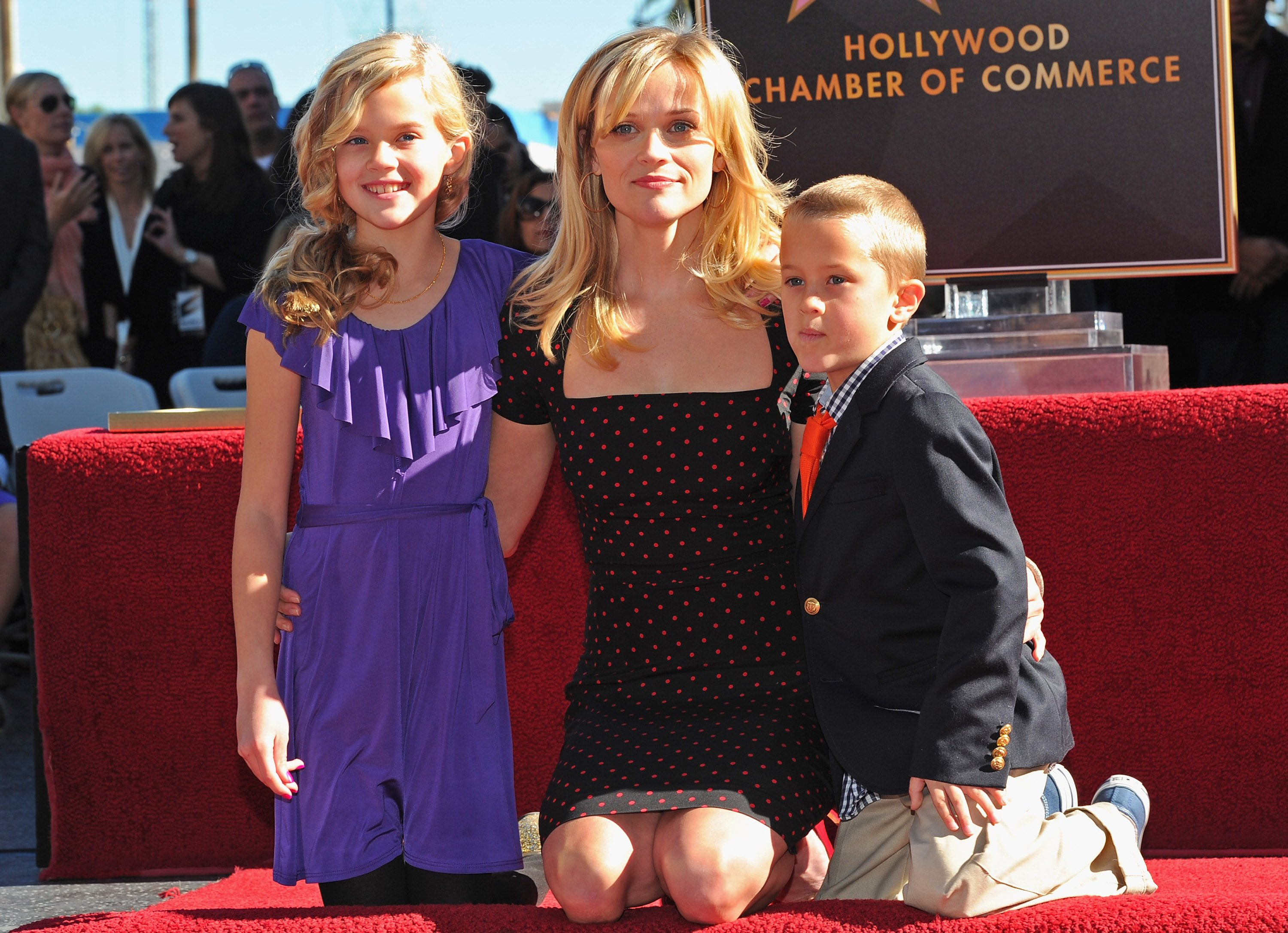 Reese Witherspoon with daughter Ava and son Deacon Phillippe at the Hollywood Walk of Fame Star honoring the actress in Hollywood, California on December 1, 2010 | Photo: Getty Images