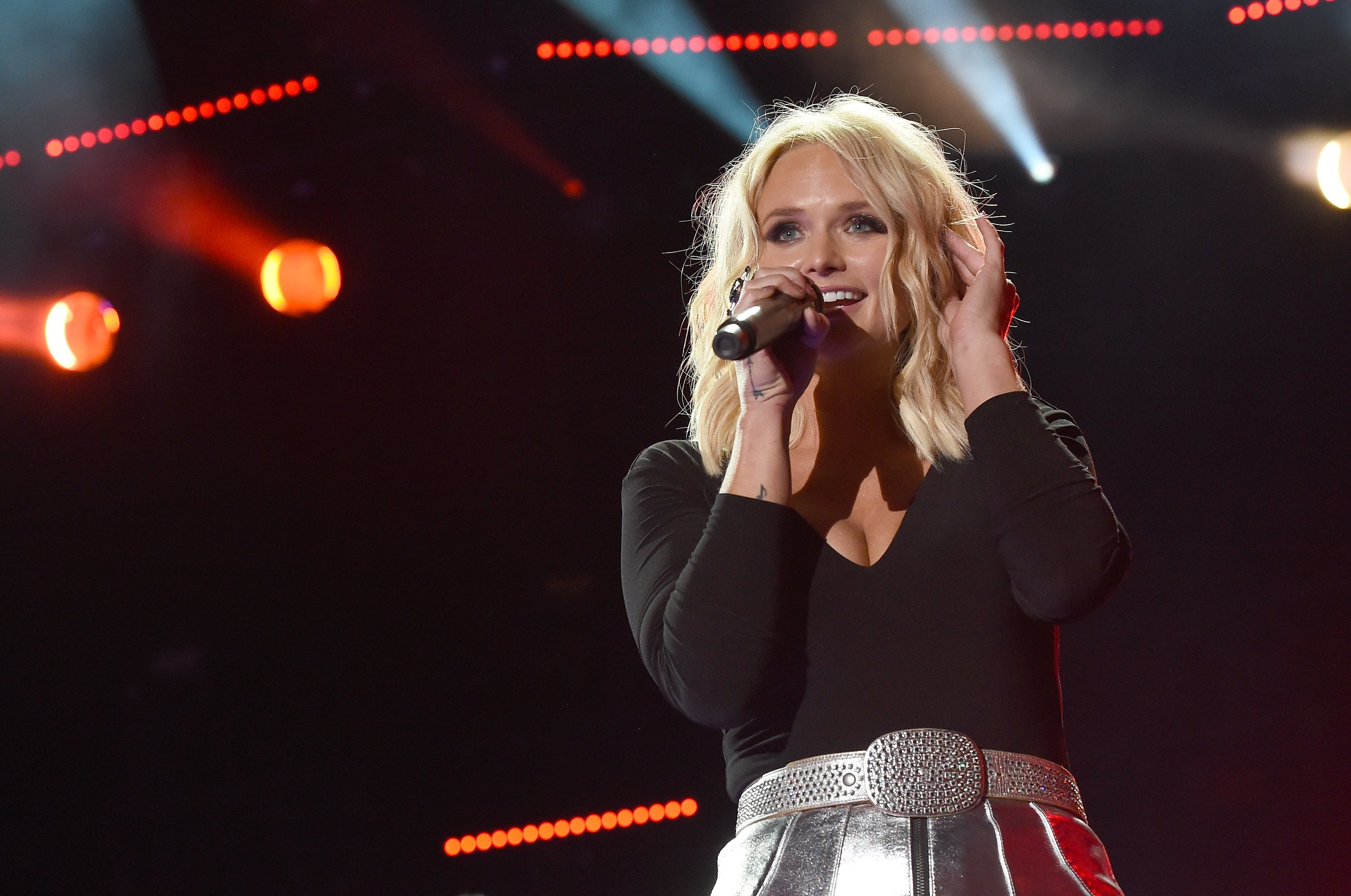 Miranda Lambert performs onstage during 2016 CMA Festival - Day 1 at Nissan Stadium on June 9, 2016 in Nashville, Tennessee | Photo: Getty Images