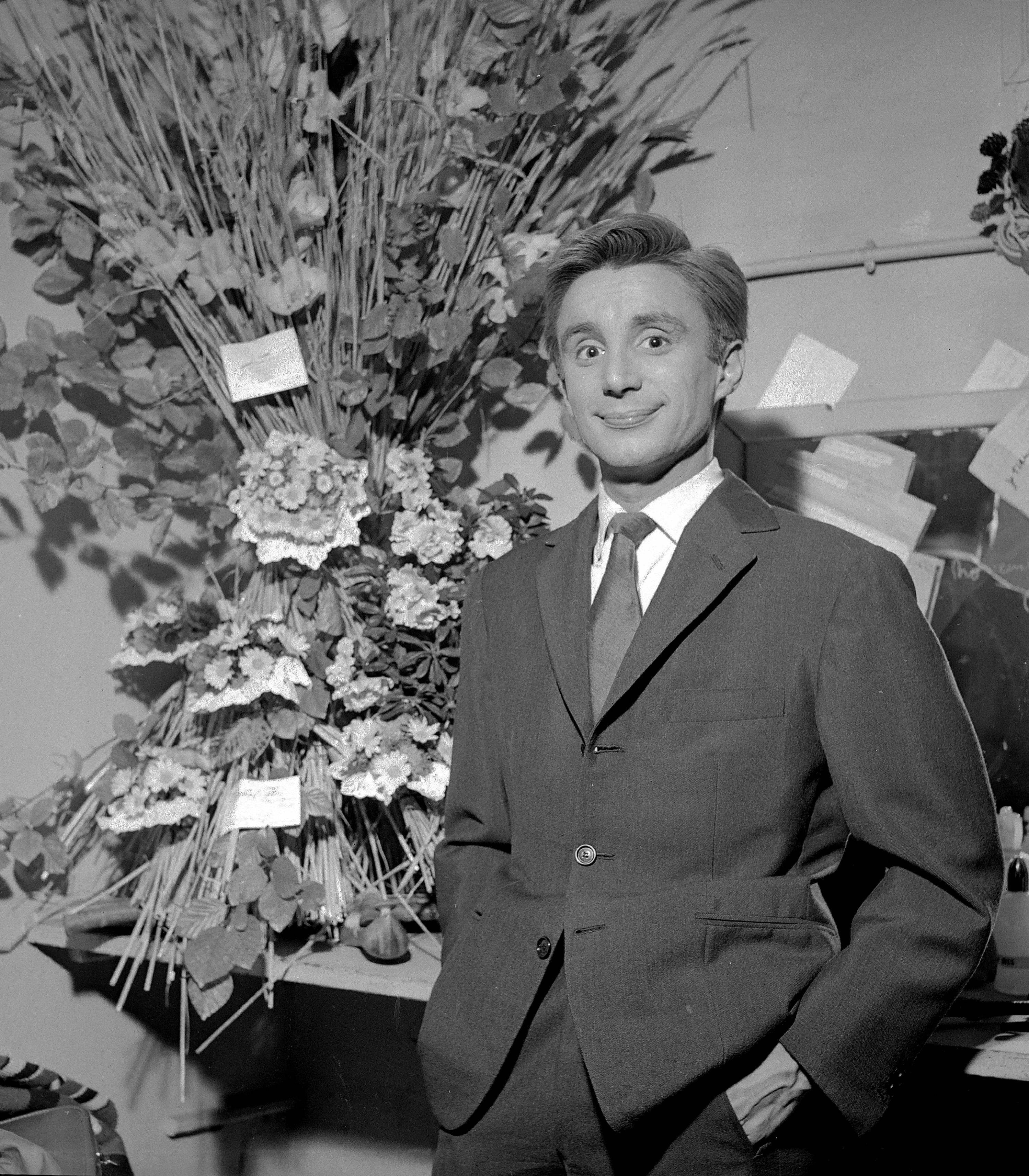 L'acteur français Claude Vega à Paris, Octobre 1960. | Photo : Getty Images