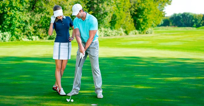 Daily Joke: A Husband and Wife Had a Serious Talk While Golfing