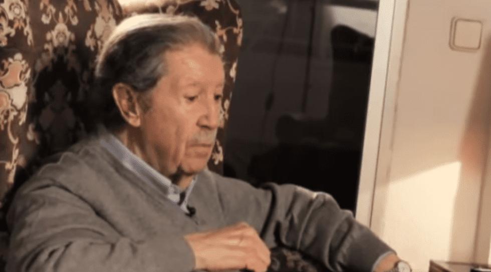 Manuel Alcántara durante una entrevista. | Imagen: YouTube/Memoranda